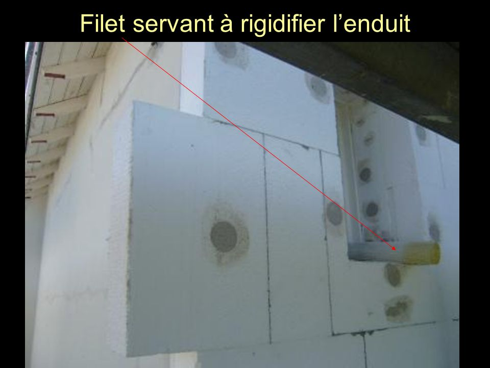 Filet servant à rigidifier l'enduit