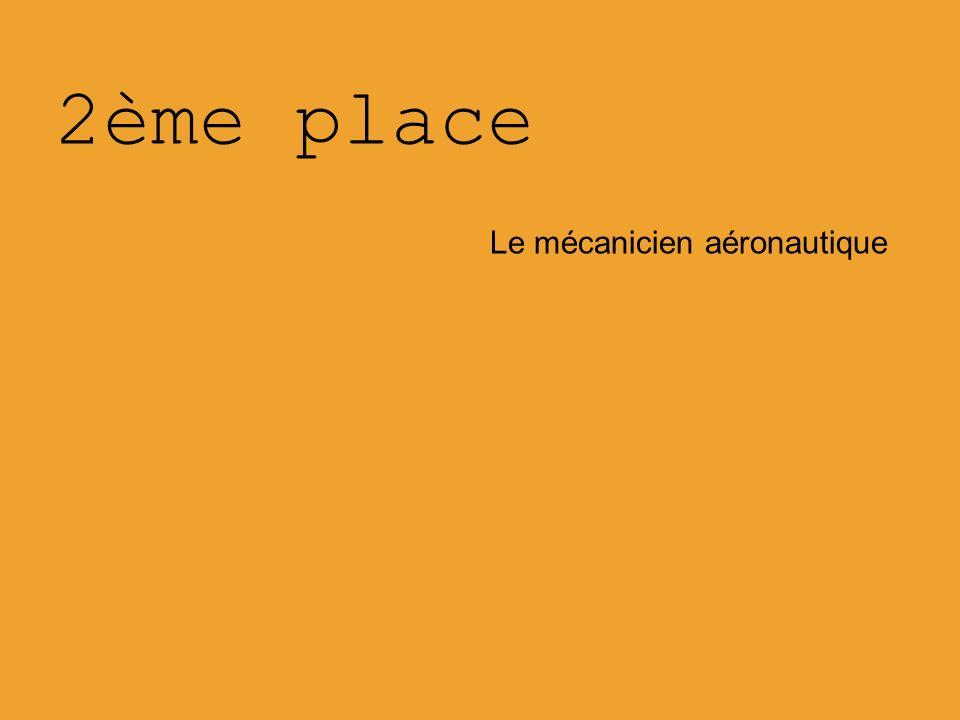 2ème place Le mécanicien aéronautique