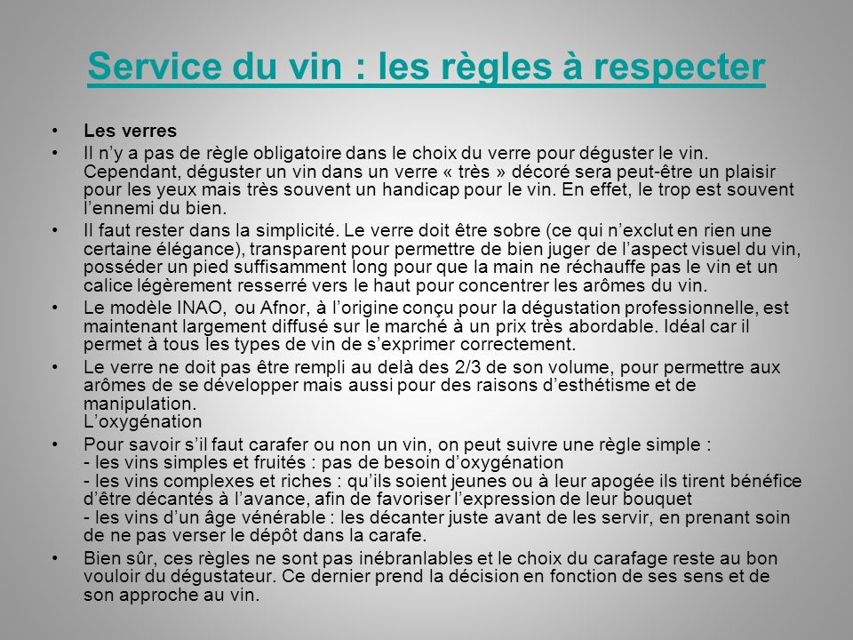 Service du vin : les règles à respecter