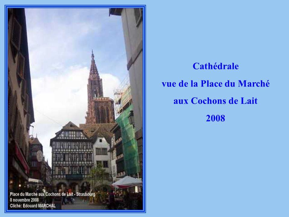 vue de la Place du Marché