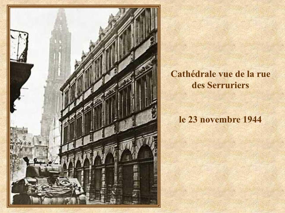 Cathédrale vue de la rue des Serruriers