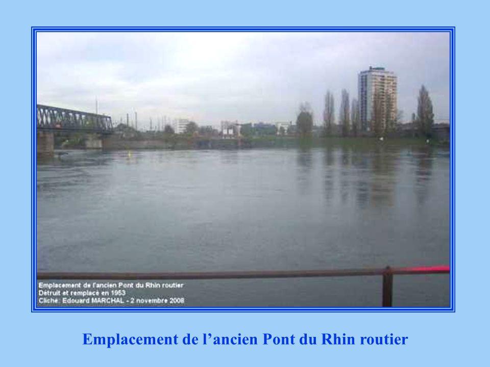 Emplacement de l'ancien Pont du Rhin routier