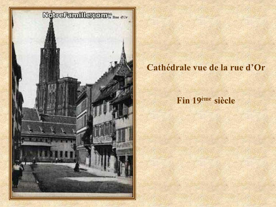 Cathédrale vue de la rue d'Or