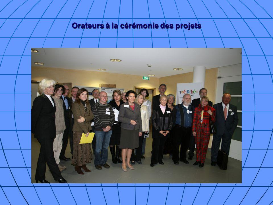 Orateurs à la cérémonie des projets