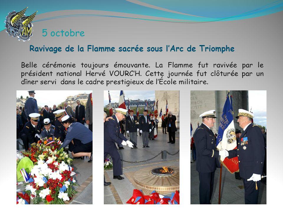 5 octobre Ravivage de la Flamme sacrée sous l'Arc de Triomphe