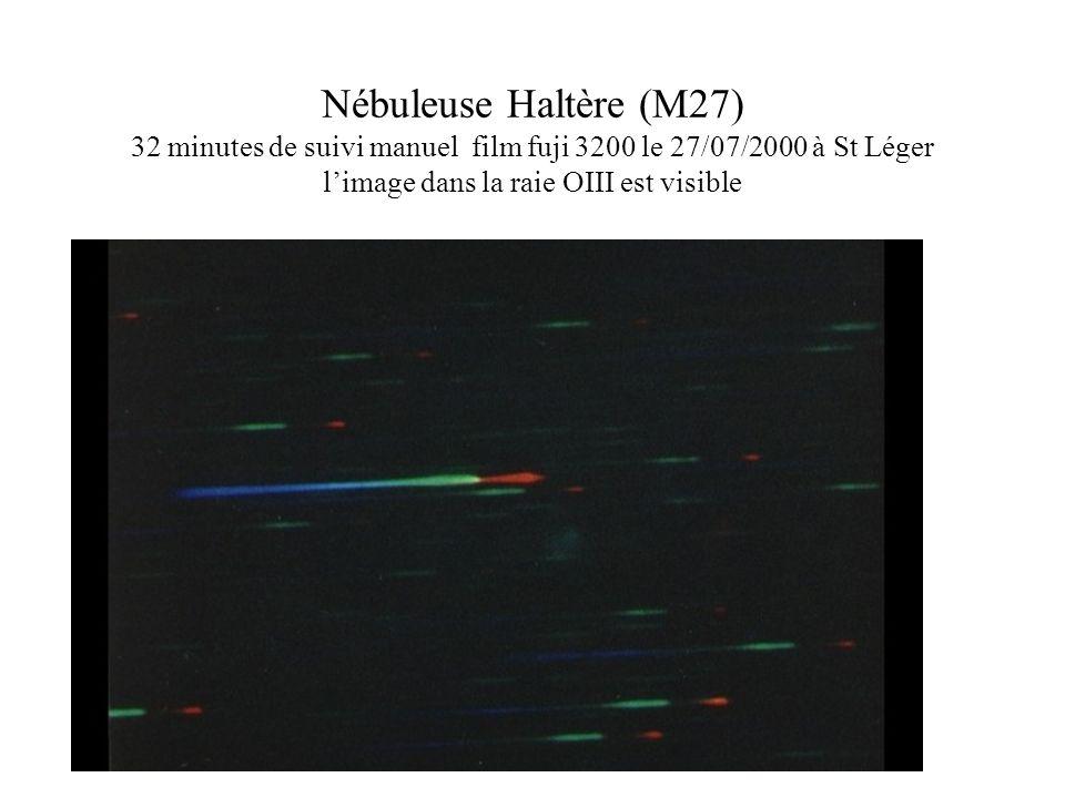 Nébuleuse Haltère (M27) 32 minutes de suivi manuel film fuji 3200 le 27/07/2000 à St Léger l'image dans la raie OIII est visible