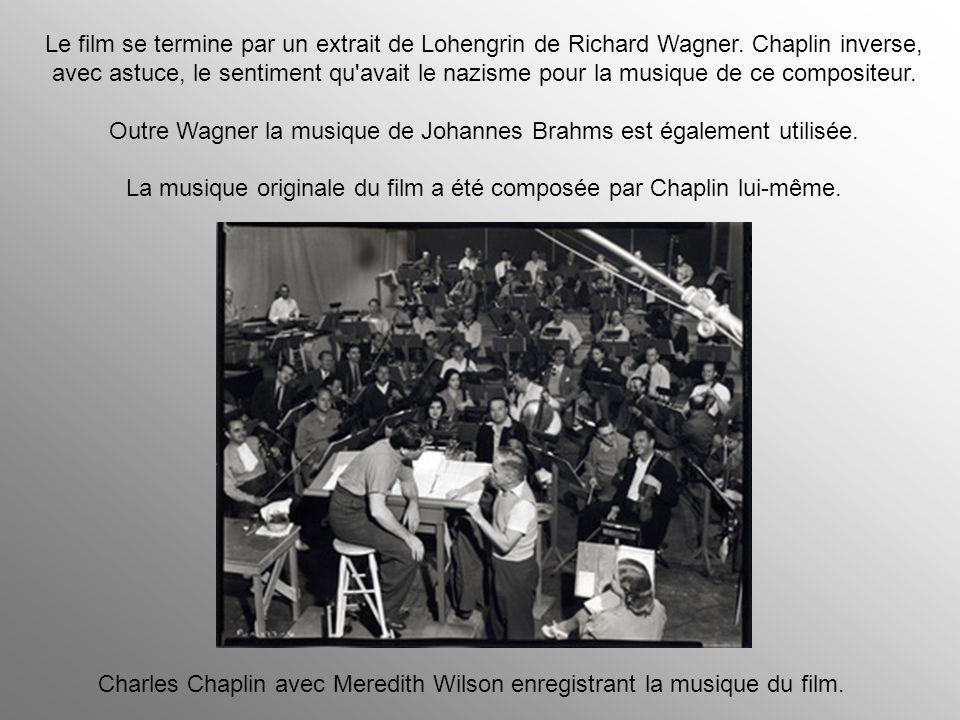 La musique originale du film a été composée par Chaplin lui-même.