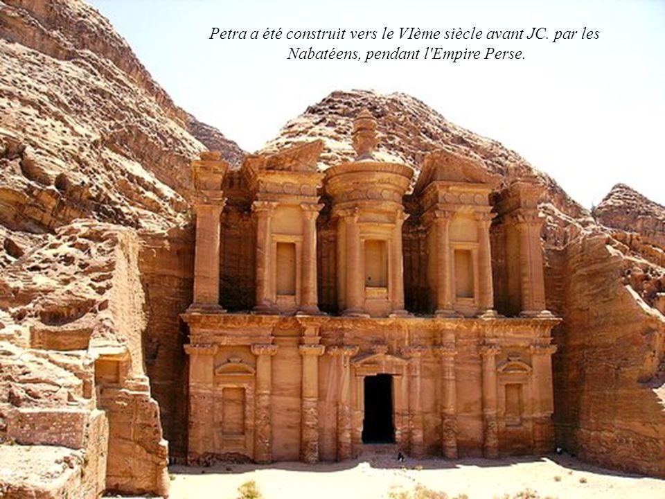 Petra a été construit vers le VIème siècle avant JC. par les