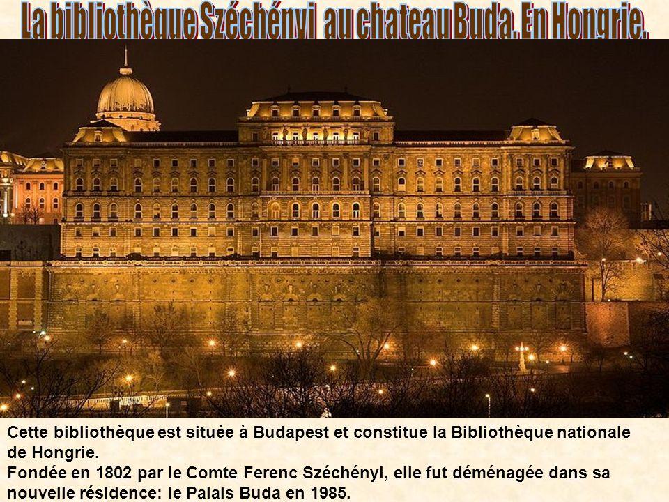 La bibliothèque Széchényi au chateau Buda. En Hongrie.