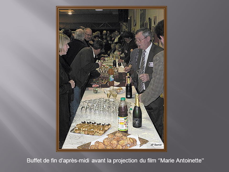 Buffet de fin d'après-midi avant la projection du film ''Marie Antoinette''