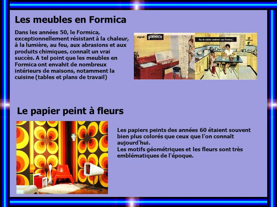 Allez les Filles… Les meubles en Formica Le papier peint à fleurs