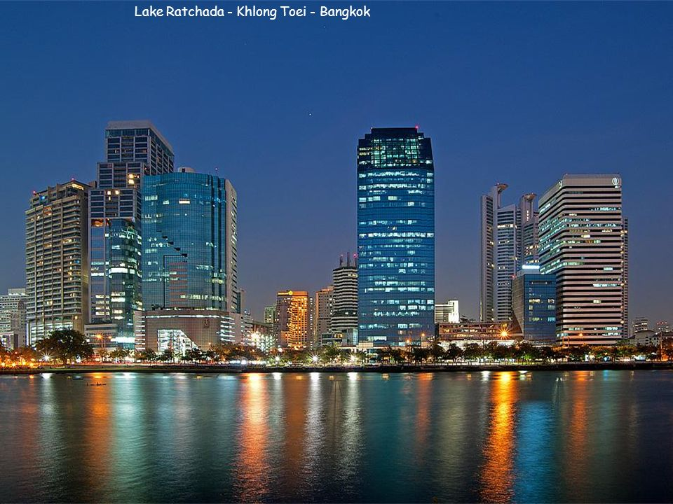 Lake Ratchada - Khlong Toei - Bangkok
