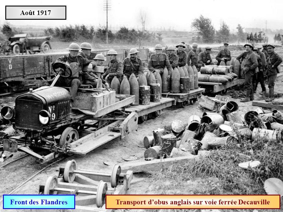 Transport d'obus anglais sur voie ferrée Decauville
