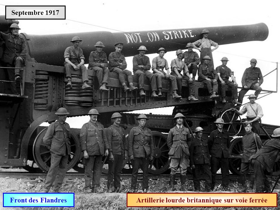 Artillerie lourde britannique sur voie ferrée