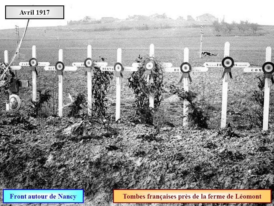 Tombes françaises près de la ferme de Léomont