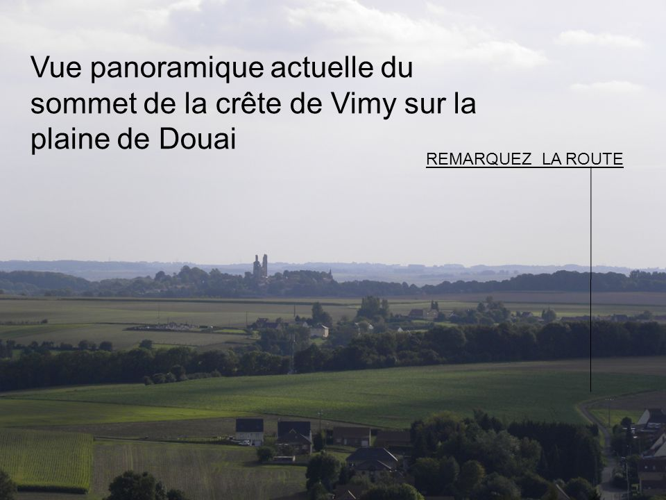 Vue panoramique actuelle du sommet de la crête de Vimy sur la plaine de Douai