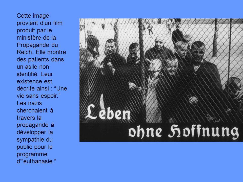 Cette image provient d'un film produit par le ministère de la Propagande du Reich.