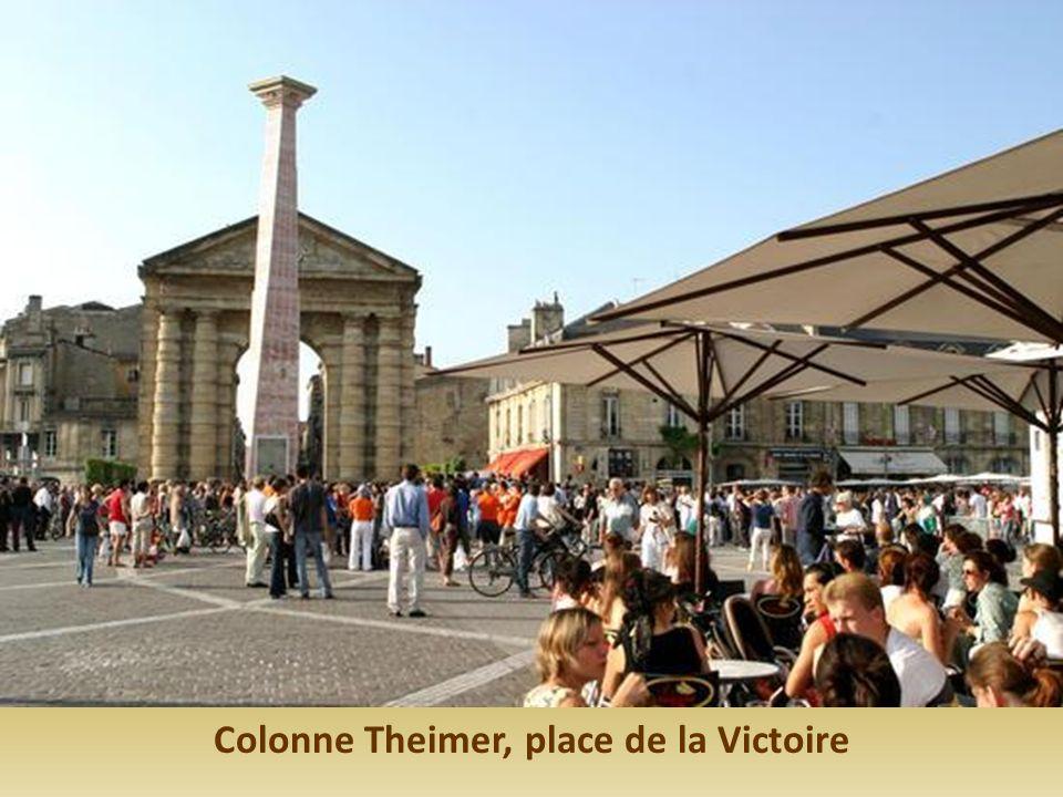 Colonne Theimer, place de la Victoire