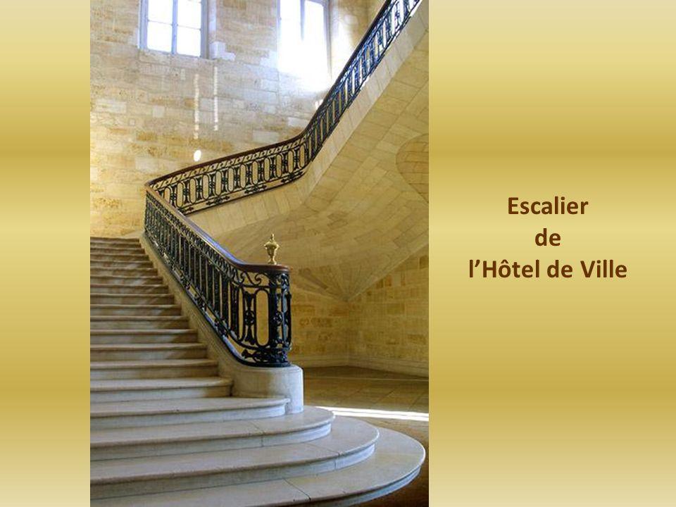 Escalier de l'Hôtel de Ville