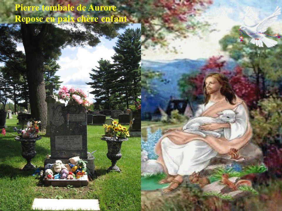 Pierre tombale de Aurore