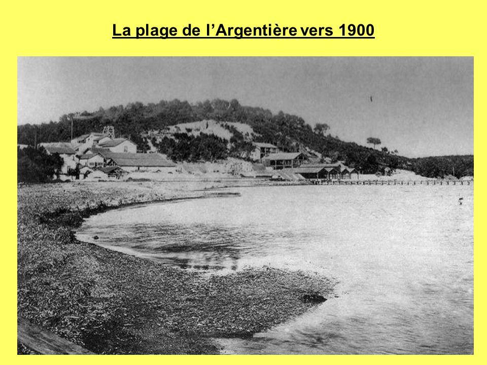 La plage de l'Argentière vers 1900