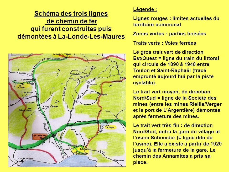 Légende : Lignes rouges : limites actuelles du territoire communal. Zones vertes : parties boisées.