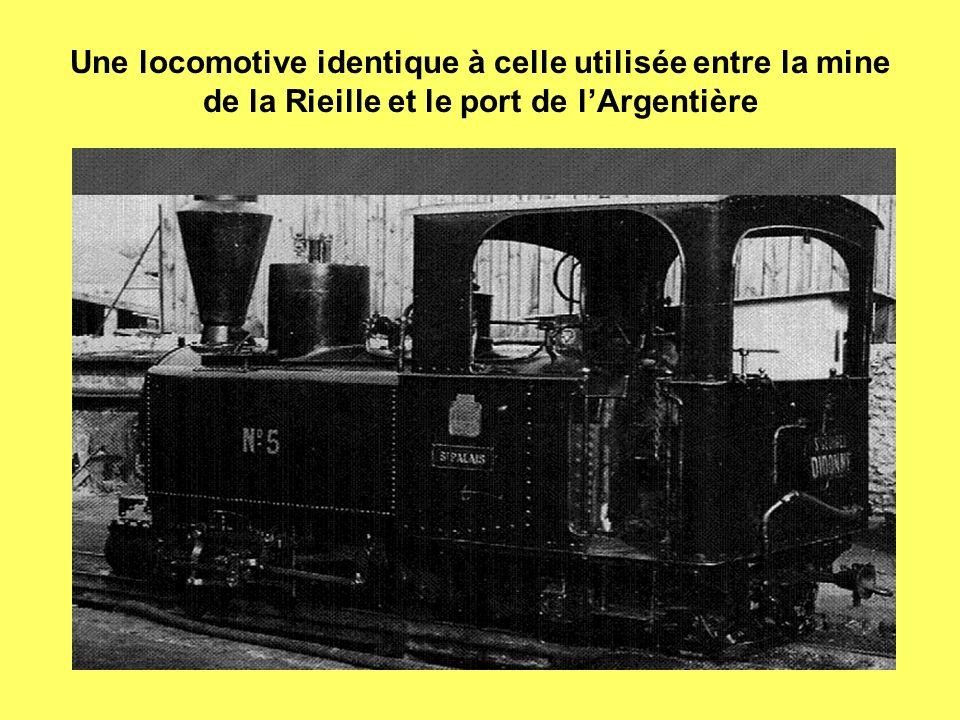 Une locomotive identique à celle utilisée entre la mine de la Rieille et le port de l'Argentière