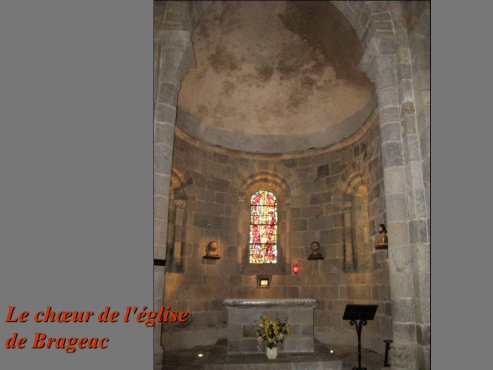 Le chœur de l église de Brageac