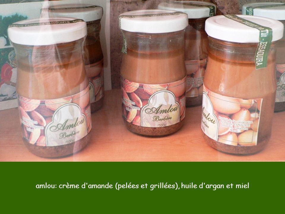 amlou: crème d amande (pelées et grillées), huile d argan et miel