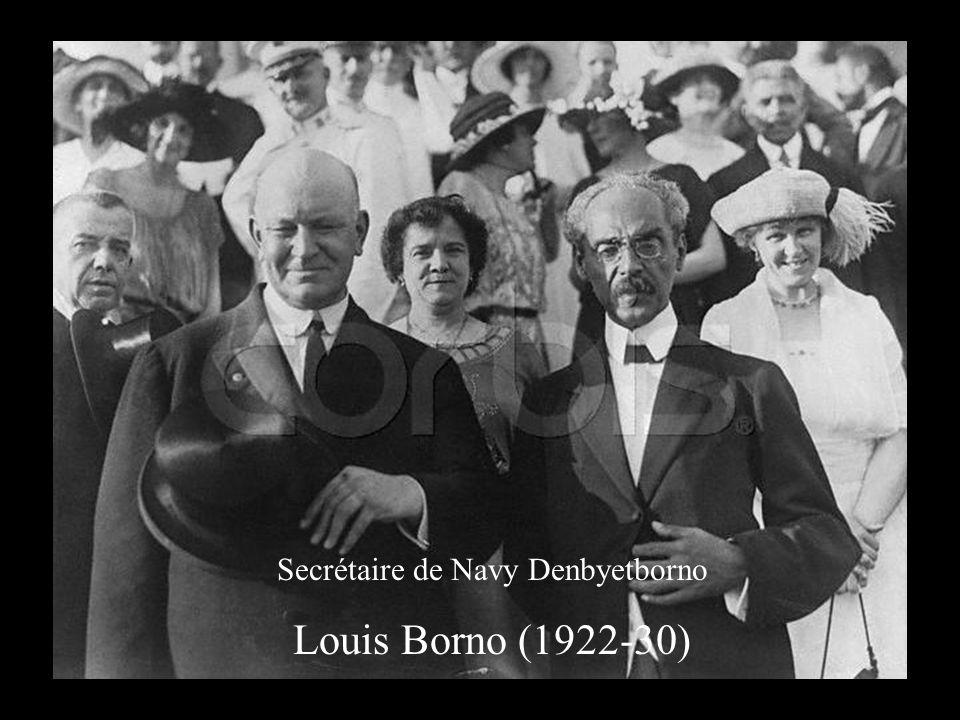 Secrétaire de Navy Denbyetborno