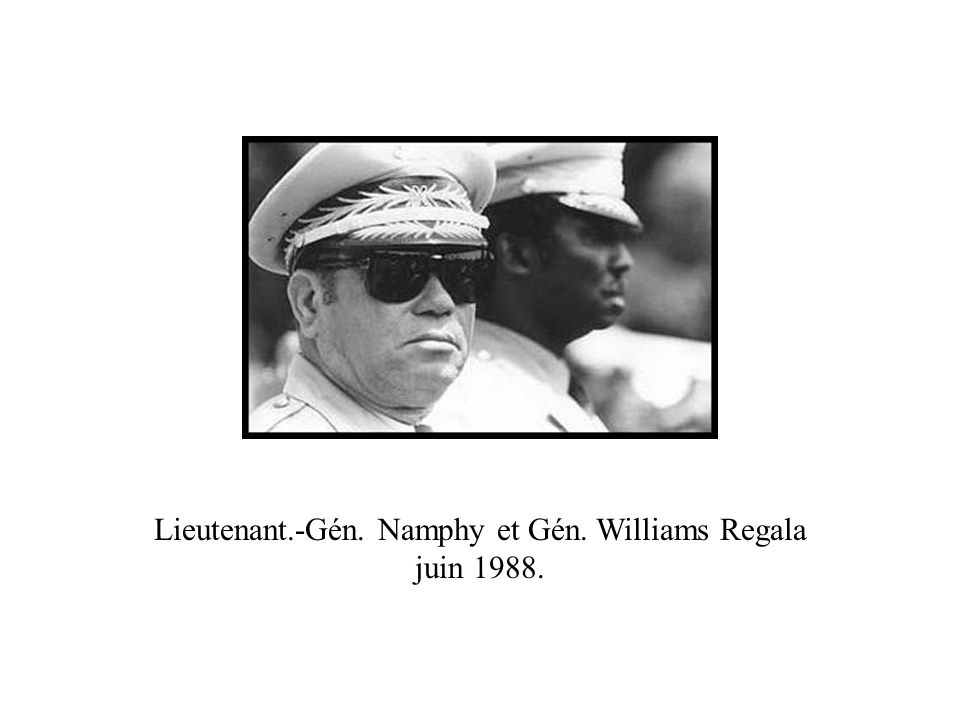 Lieutenant.-Gén. Namphy et Gén. Williams Regala juin 1988.