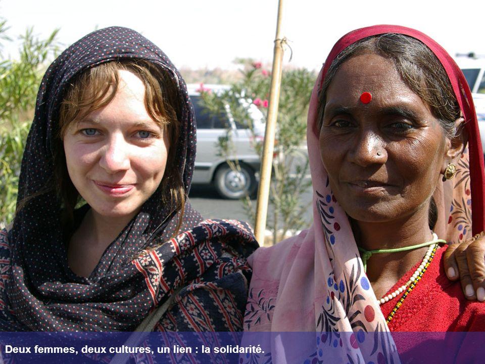 Deux femmes, deux cultures, un lien : la solidarité.