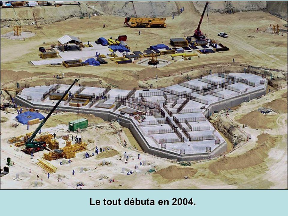 Le tout débuta en 2004.