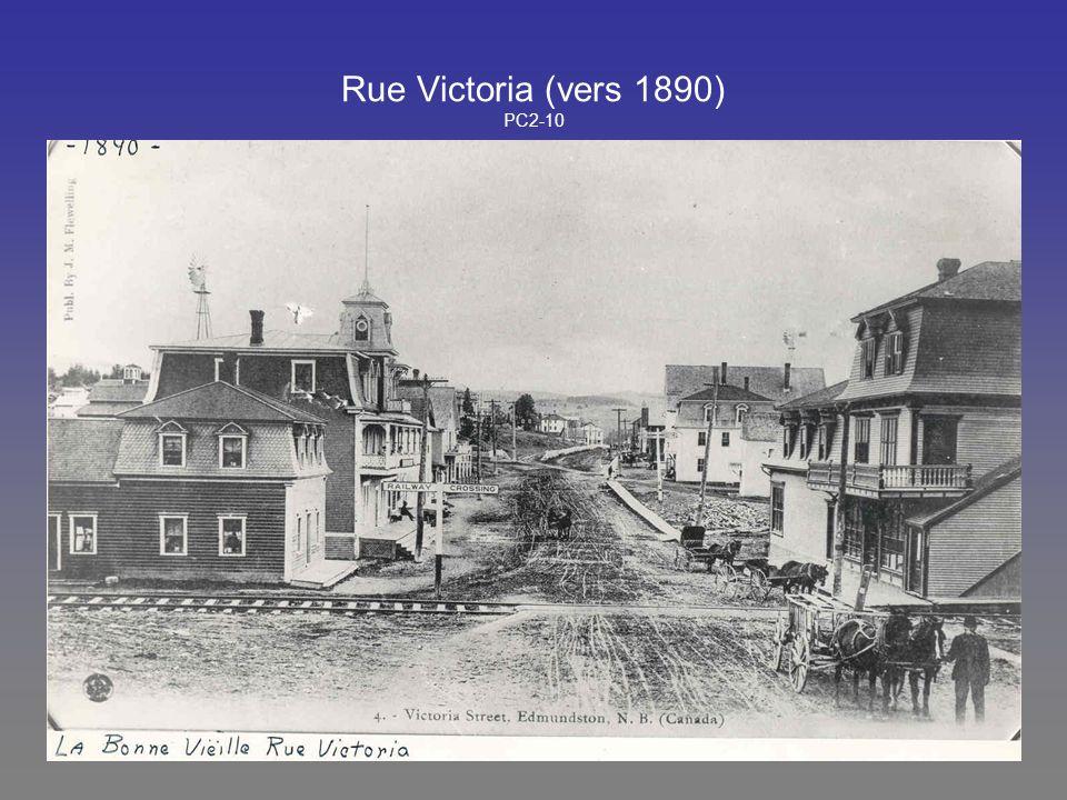 Rue Victoria (vers 1890) PC2-10