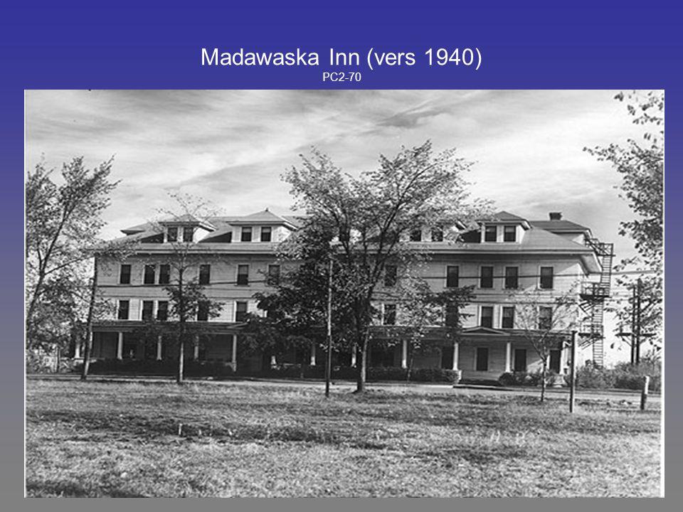 Madawaska Inn (vers 1940) PC2-70