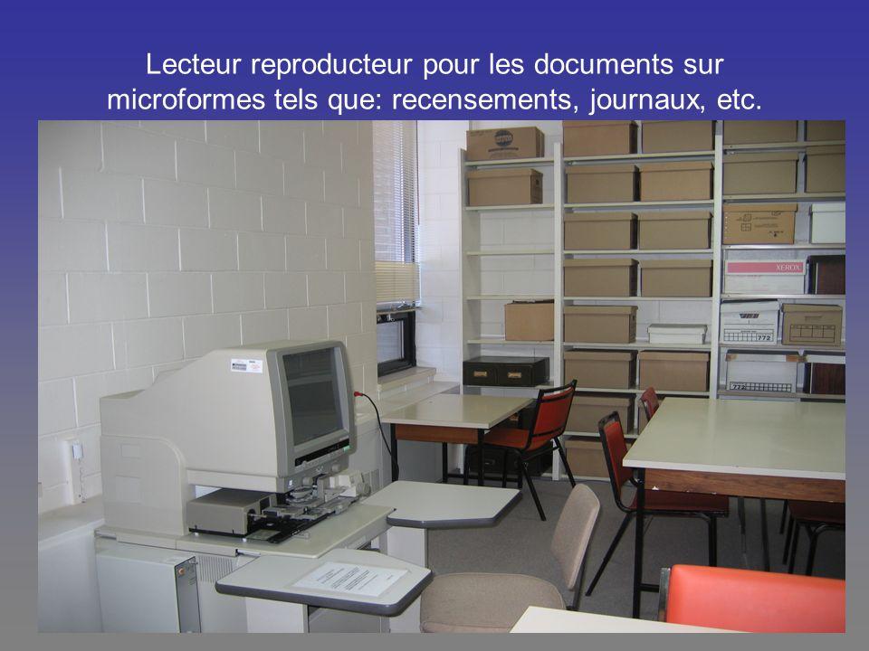 Lecteur reproducteur pour les documents sur microformes tels que: recensements, journaux, etc.