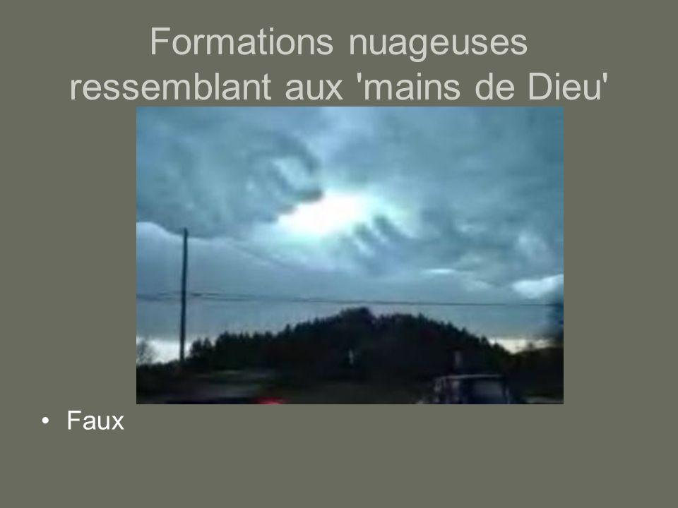 Formations nuageuses ressemblant aux mains de Dieu