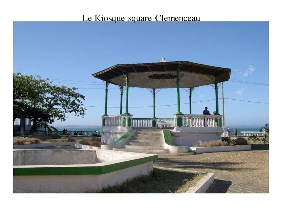 Le Kiosque square Clemenceau