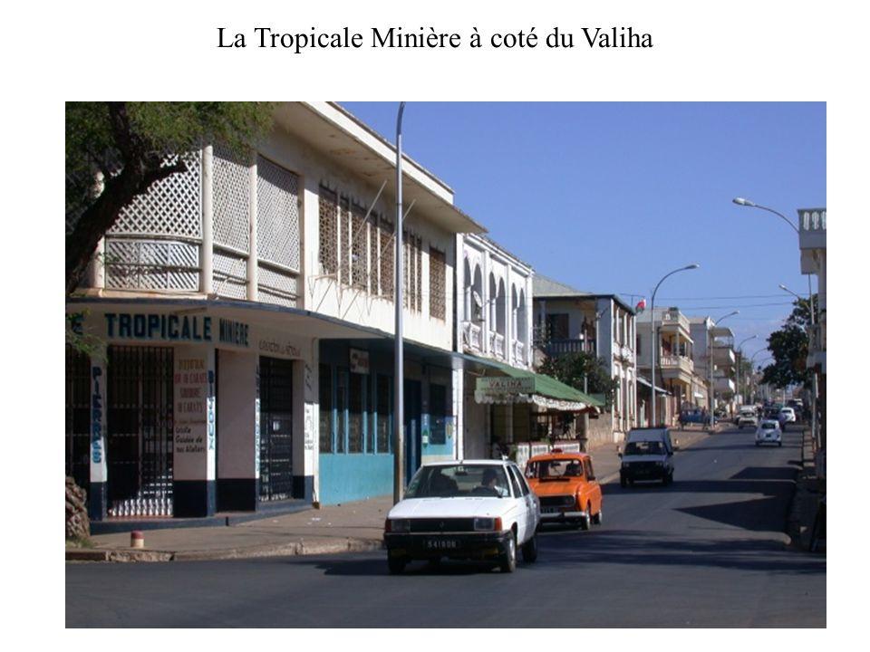 La Tropicale Minière à coté du Valiha