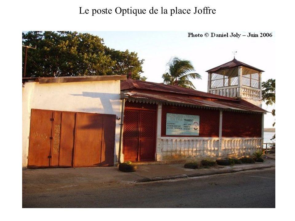 Le poste Optique de la place Joffre