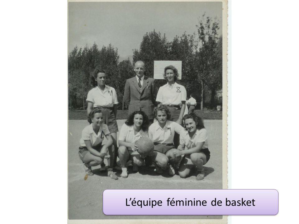 L'équipe féminine de basket