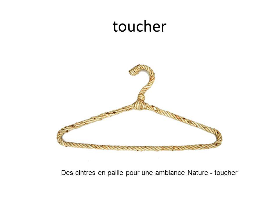 toucher Des cintres en paille pour une ambiance Nature - toucher