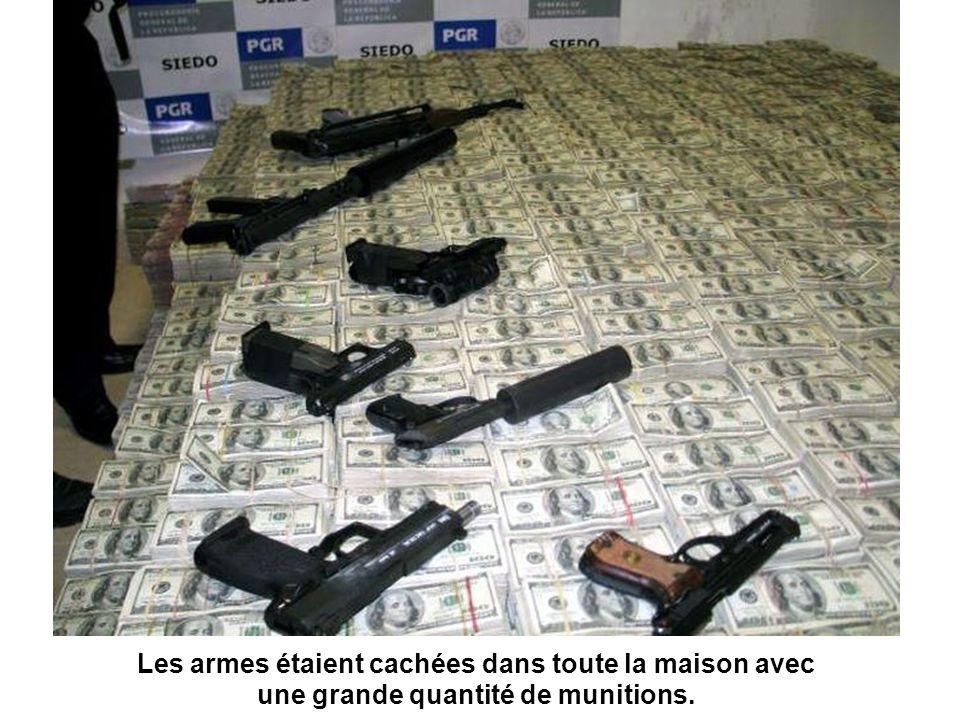 Les armes étaient cachées dans toute la maison avec une grande quantité de munitions.