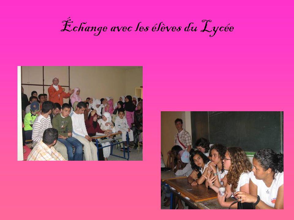 Échange avec les élèves du Lycée