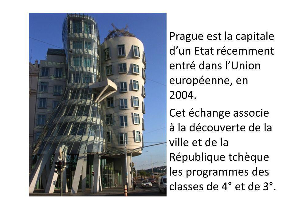 Prague est la capitale d'un Etat récemment entré dans l'Union européenne, en 2004.