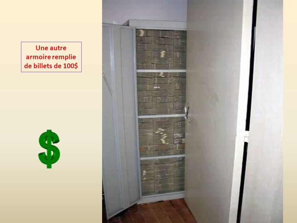 Une autre armoire remplie de billets de 100$