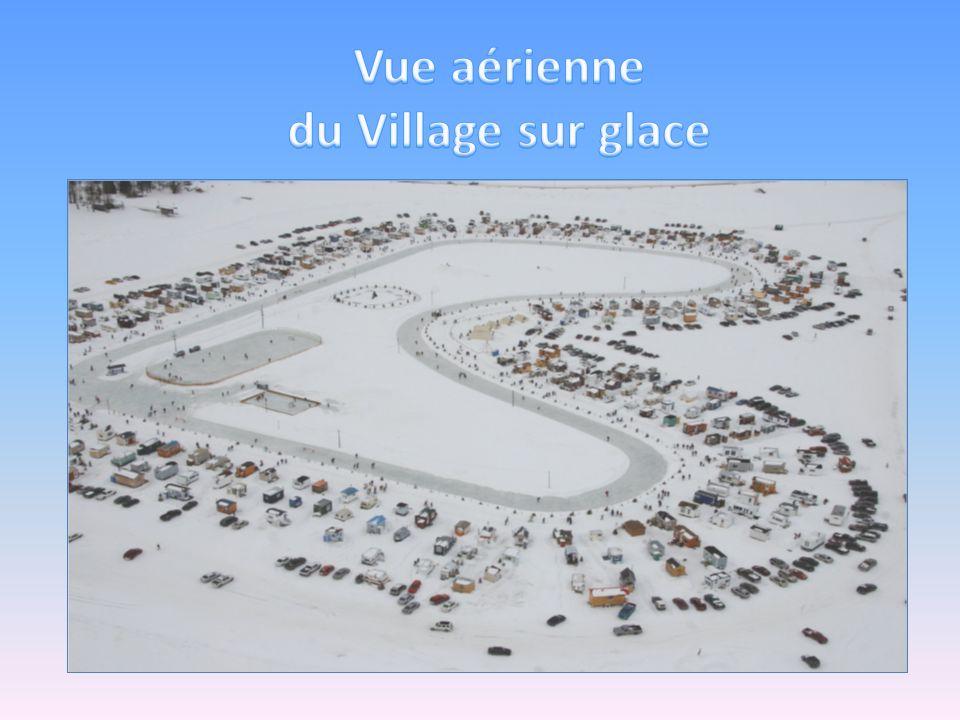 Vue aérienne du Village sur glace