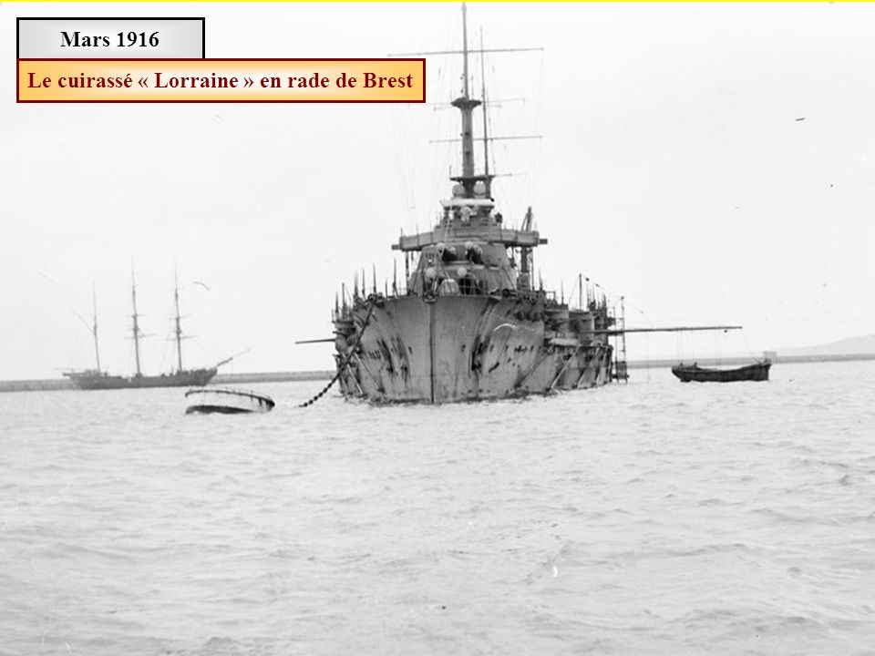 Le cuirassé « Lorraine » en rade de Brest