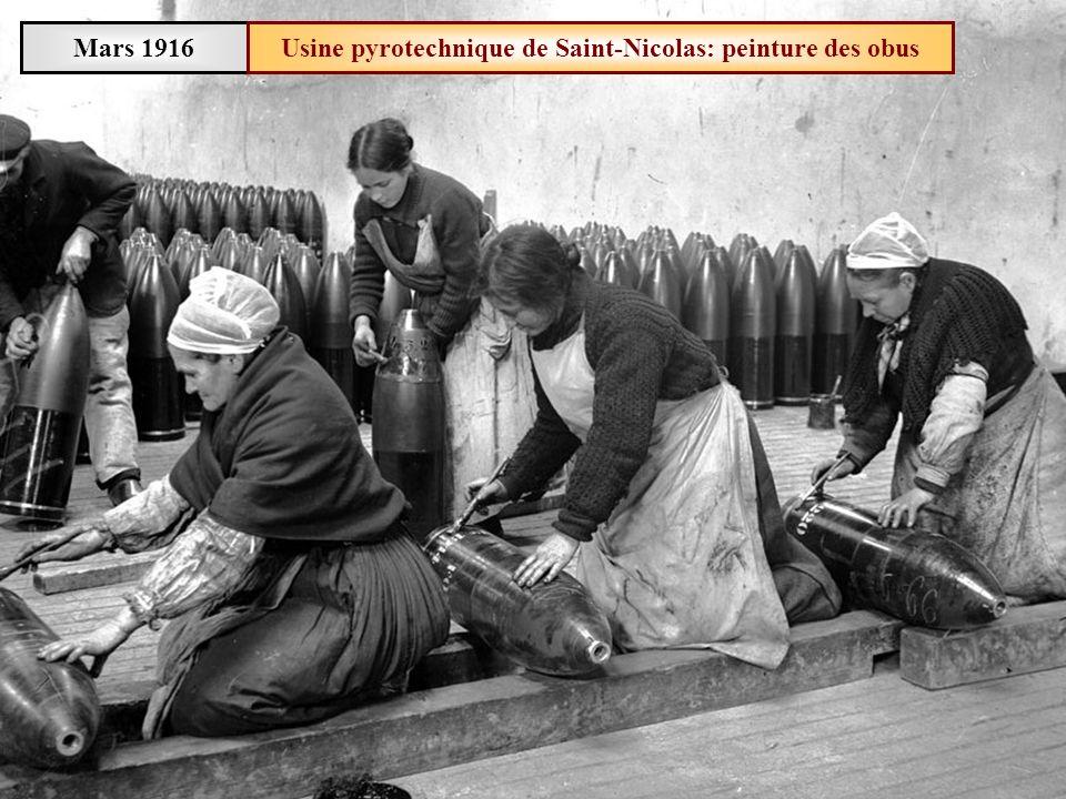 Usine pyrotechnique de Saint-Nicolas: peinture des obus