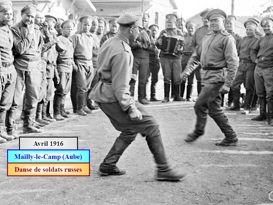 Mailly-le-Camp (Aube) Danse de soldats russes